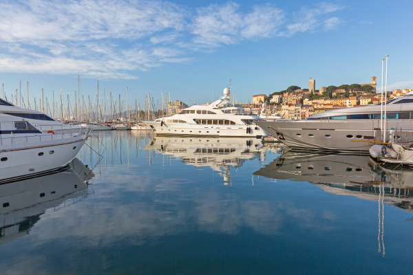 luxury yachts marina