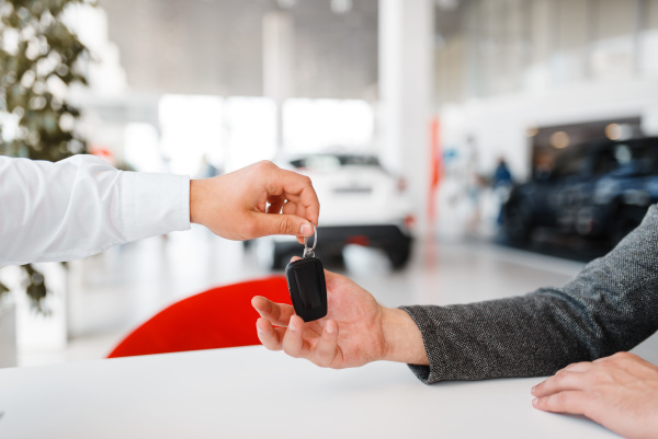 manager gives woman key to the