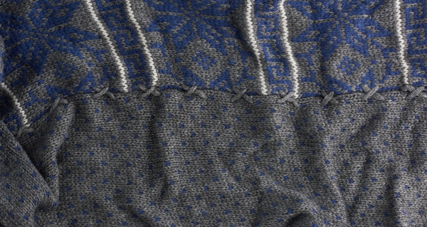 gray, knitted, fabric, with, a, blue - 28077571