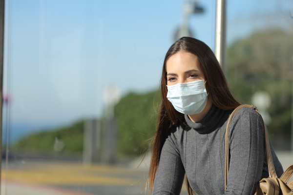 woman with a mask preventing contagion