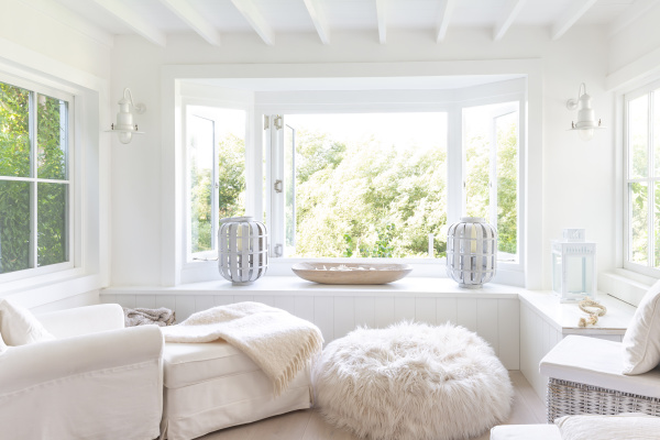 white home showcase sitting area with