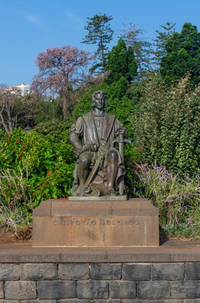 cristovao colombo statue