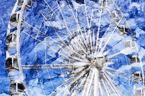 close up of the ferris wheel