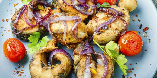 mackerel fried in tomatoes