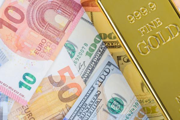 gold, bar, ingot, bullion, against, the - 28215097
