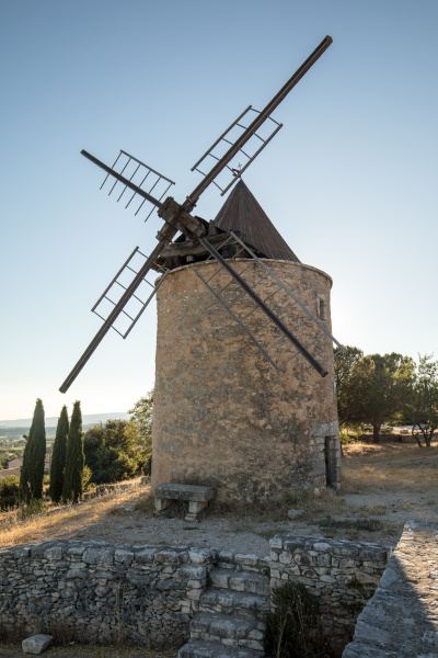 old, windmill, in, saint-saturnin-les-apt, muehle, in - 28238905