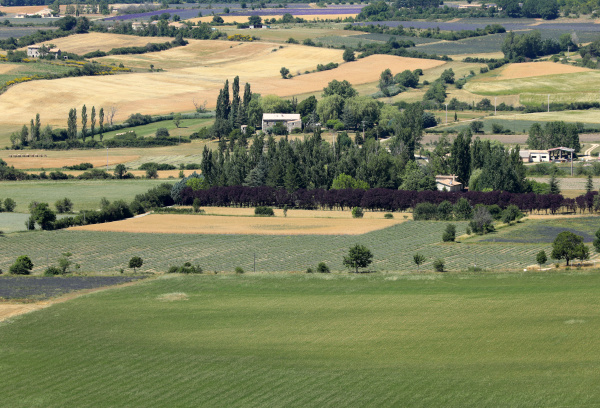 patchwork, of, farmer's, fields, in, valley - 28238495
