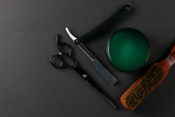 dangerous, razor, , shaving, gel, - 28239392