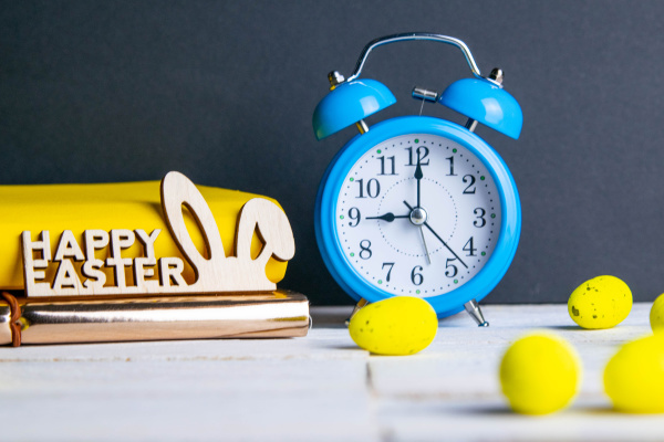 easter, concept, , clock, and, apple, , yellow - 28239347