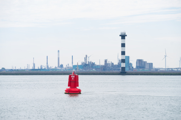 red, naviagtion, buoy - 28239101