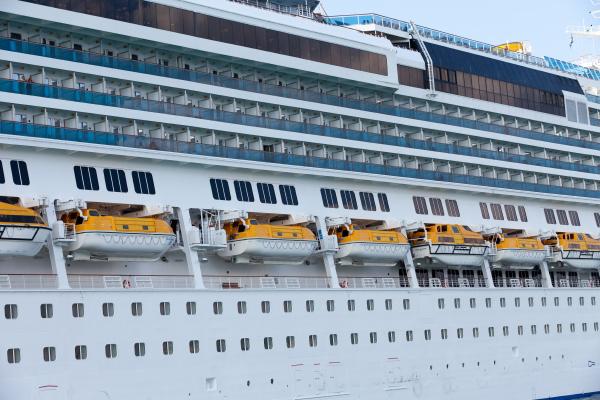the, passenger, ship, in, port. - 28239248