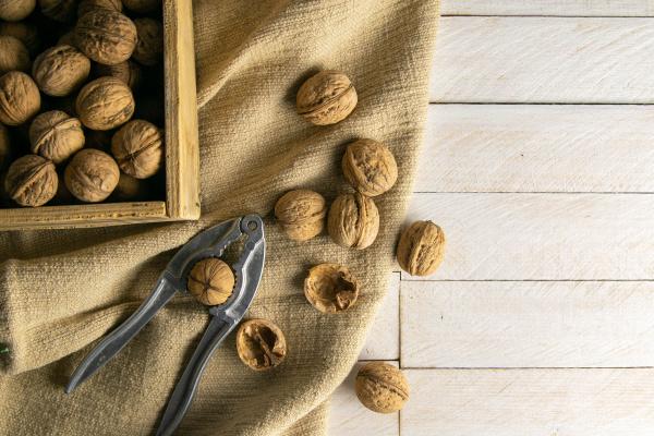 walnuts, in, a, wooden, box, - 28239912