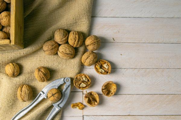 walnuts, in, a, wooden, box, - 28239914