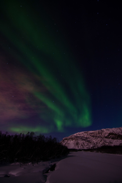 aurora borealis river eibyelva