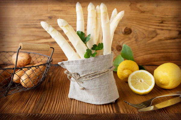 asparagus, spring, vegetables - 28257612