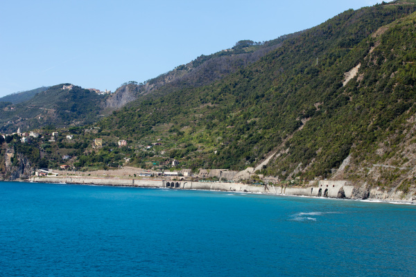 the, picturesque, coastline, of, the, cinque - 28258280