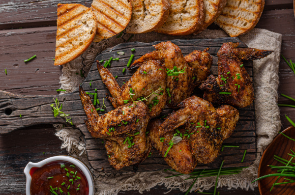 grilled barbecue chicken wings