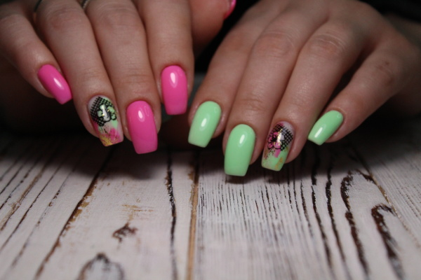 beautiful gel lacquer manicure on a
