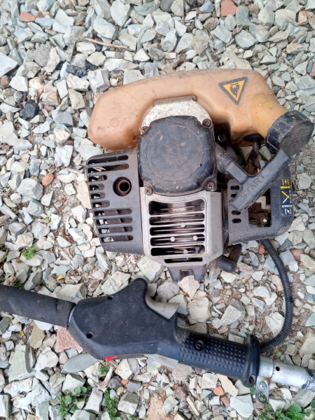parts from broken motos a petrol