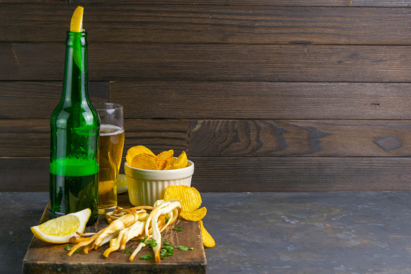 cheese with beer lemon and