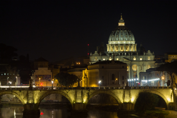 night scene of rome tevere river