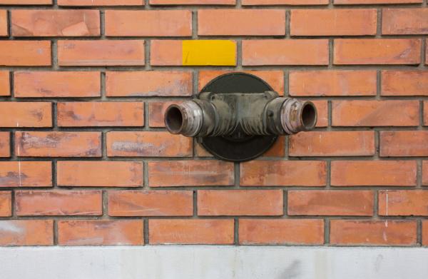 pipe water emergency