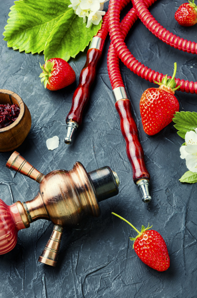 shisha with strawberries