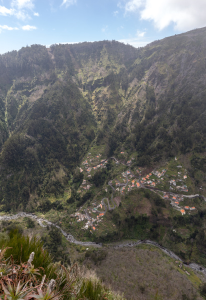 valley of the nuns curral das