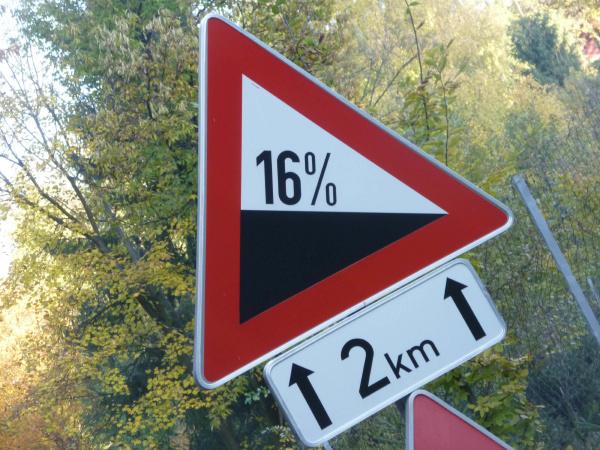 traffic sign gradient 16 steep