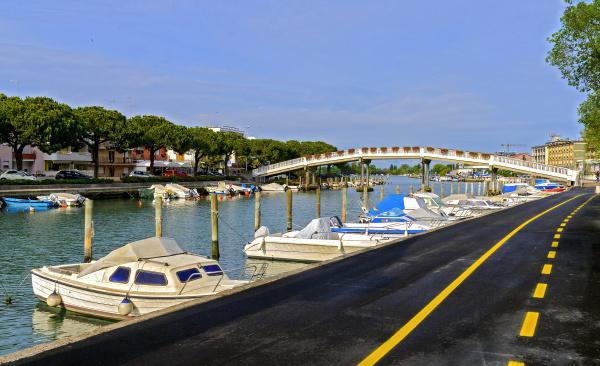 canale della schiusa with moored boats