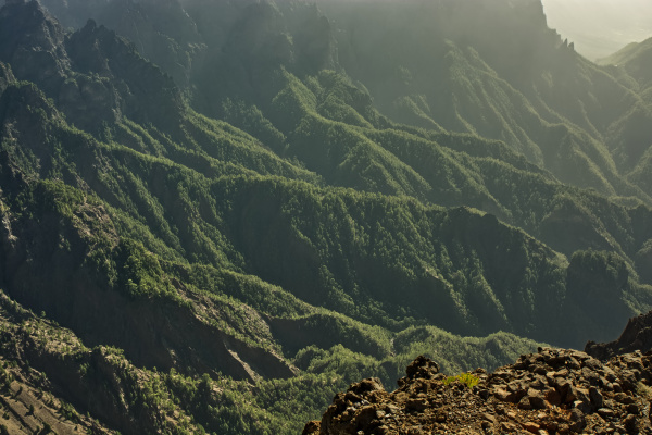 volcano crater la palma