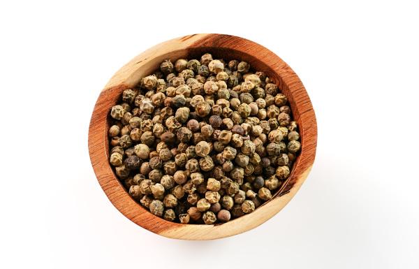 dried white and green pepper corns