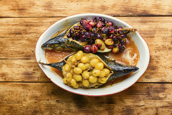 grilled mackerel with grapes