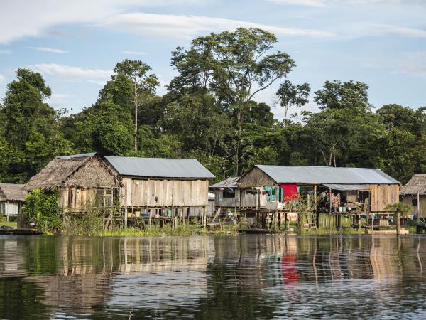 a small fishing community on rio