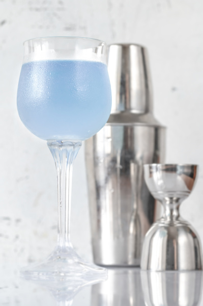 glass of aviation cocktail