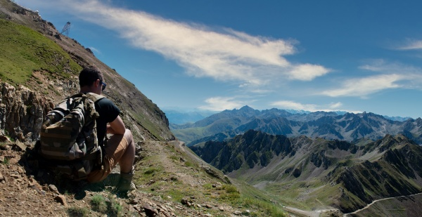 young man looking col du tourmalet