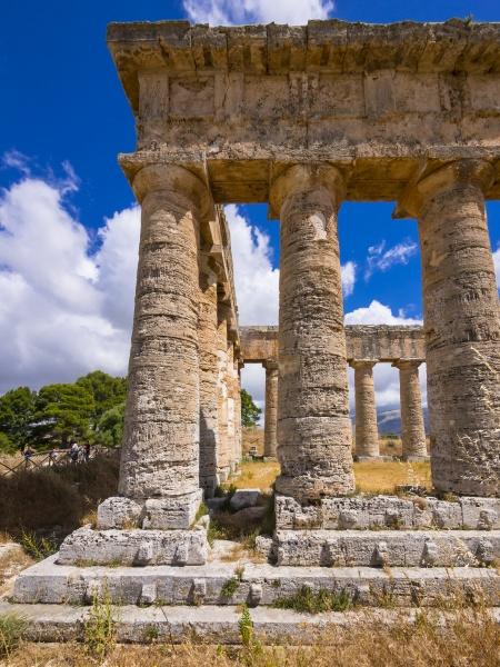 italy sicily calatafimi columns of the