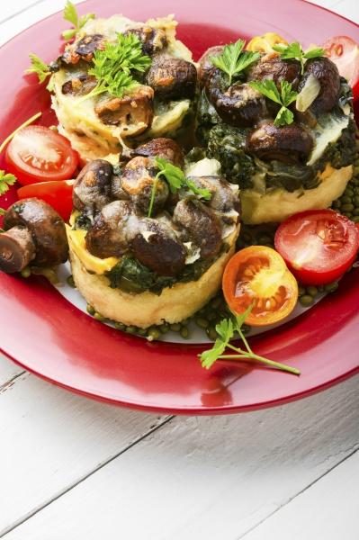 italian polenta with champignon