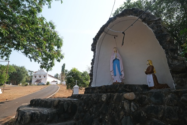 our lady of lourdes cave in
