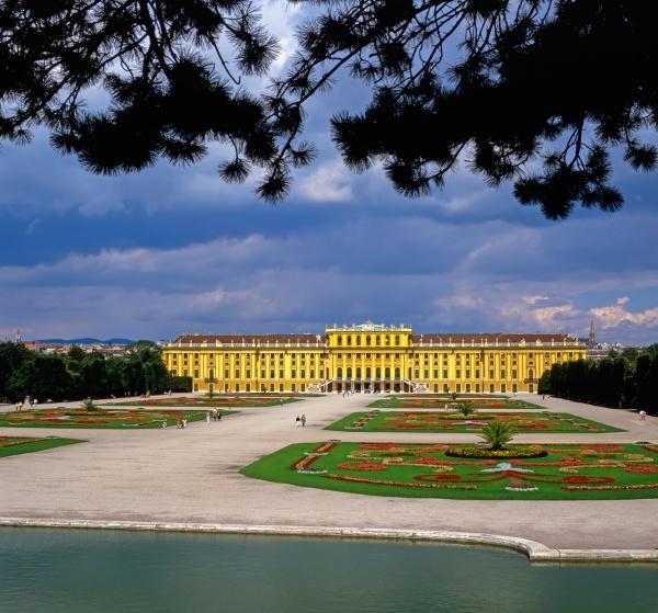 palace schonbrunn vienna
