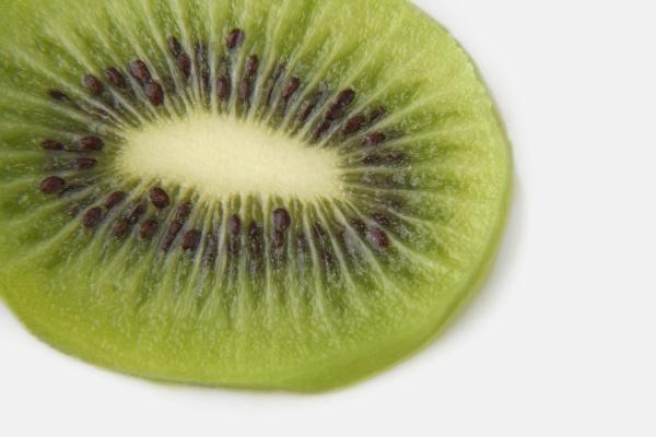 closeup of a slice of kiwi
