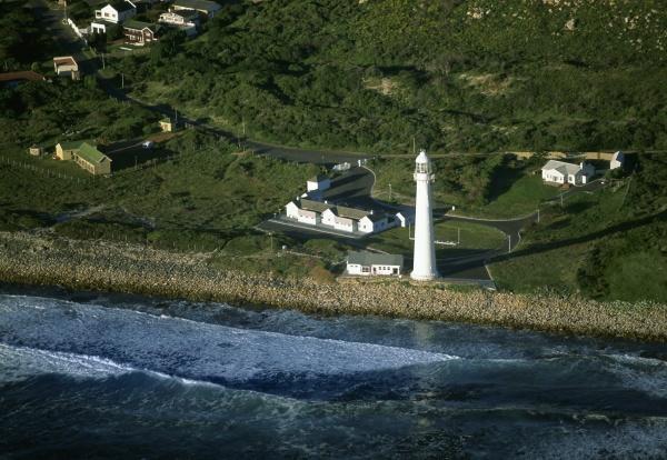 kommetjie lighthouse cape of good hope