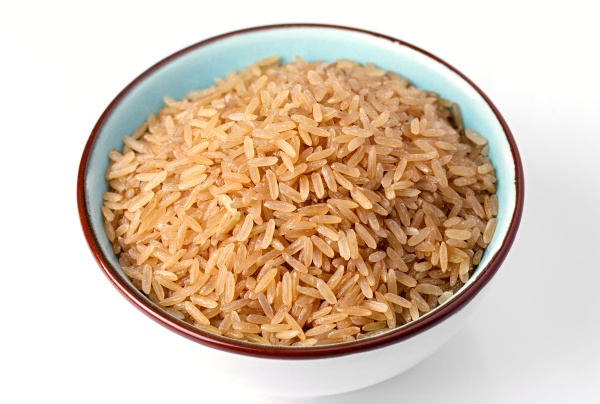 brown rice in a clay bowl
