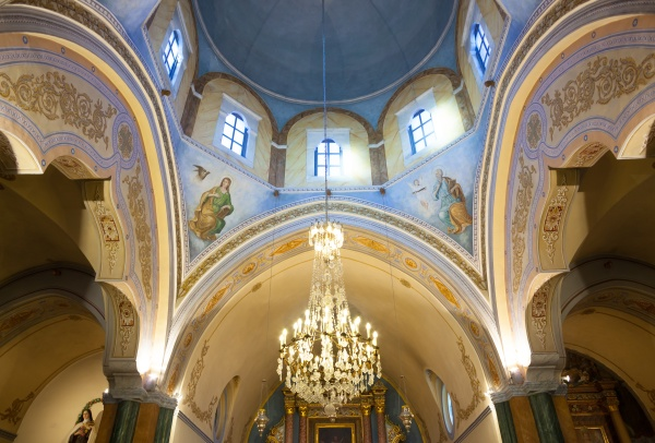 interior, of, the, roman, catholic, cathedral - 29643844