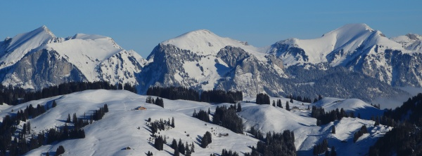 snow covered mountains schafberg and kaiseregg