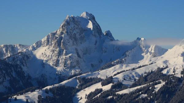 majestic peak of mount gummfluh