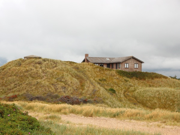 summer house on top of sand
