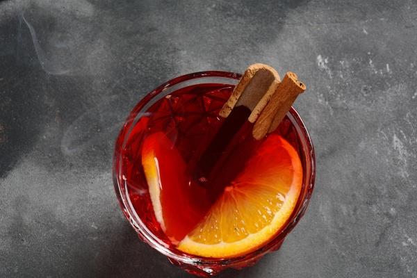 negroni cocktail smoky italian aperitivo with