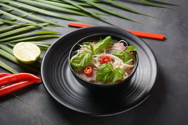 traditional vietnamese soup pho bo with