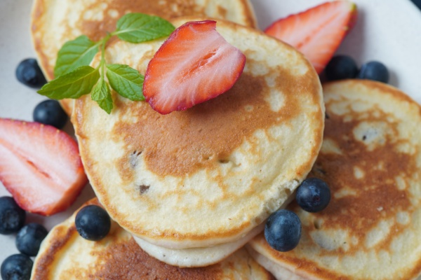 sweet pancakes wrapped with fresh blueberries